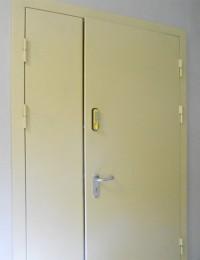 Металлические двери в подъезд