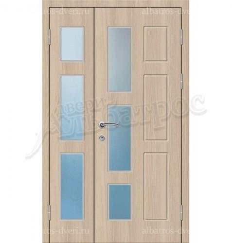 Входная металлическая дверь в коттедж со стеклом 04-23