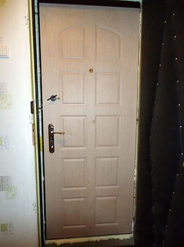 Входная металлическая дверь 05-44