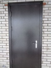 Входная металлическая дверь 05-55