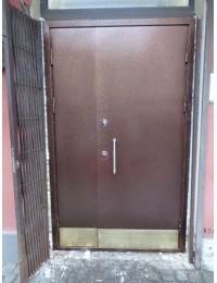 Входная металлическая дверь 05-59