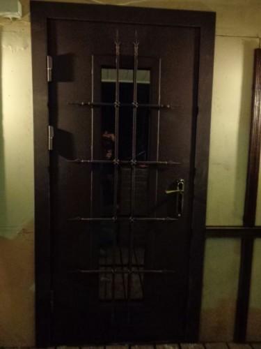 Входная металлическая дверь 05-60