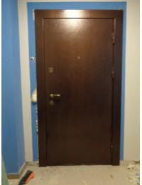 Входная металлическая дверь 05-70