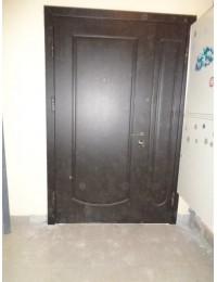Входная металлическая дверь 05-79